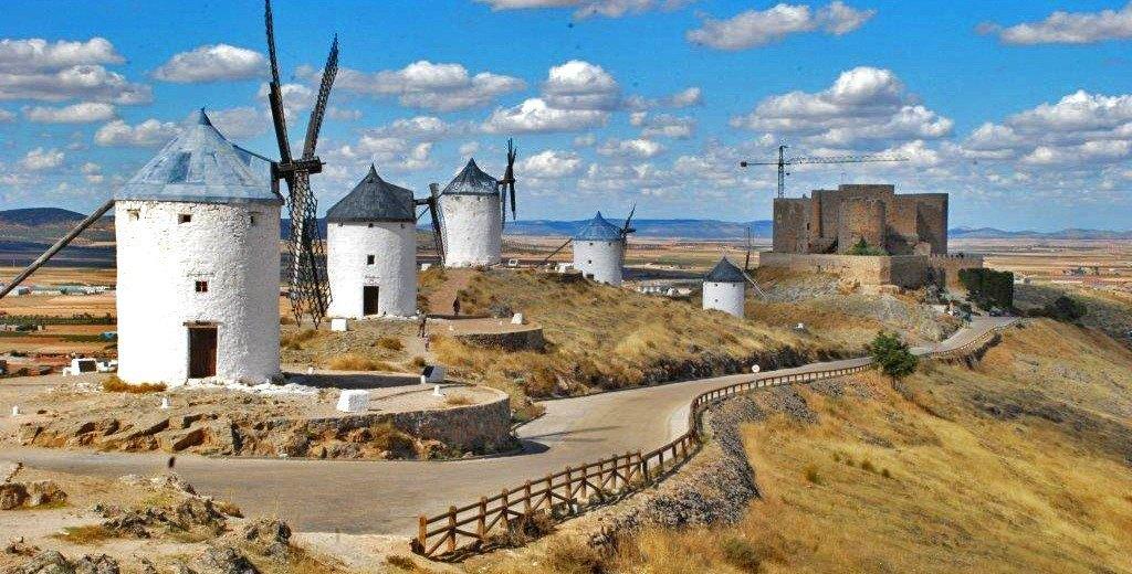 Molinos y Castillo templario