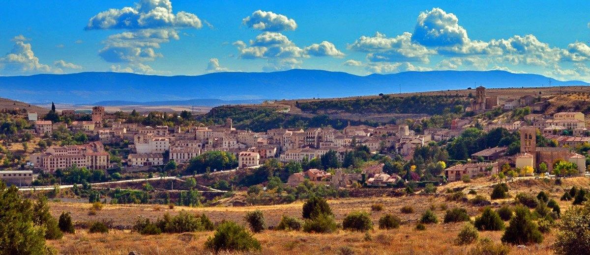 Vista de Sepúlveda desde el norte