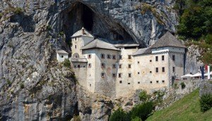 Cueva y Castillo de Predjana