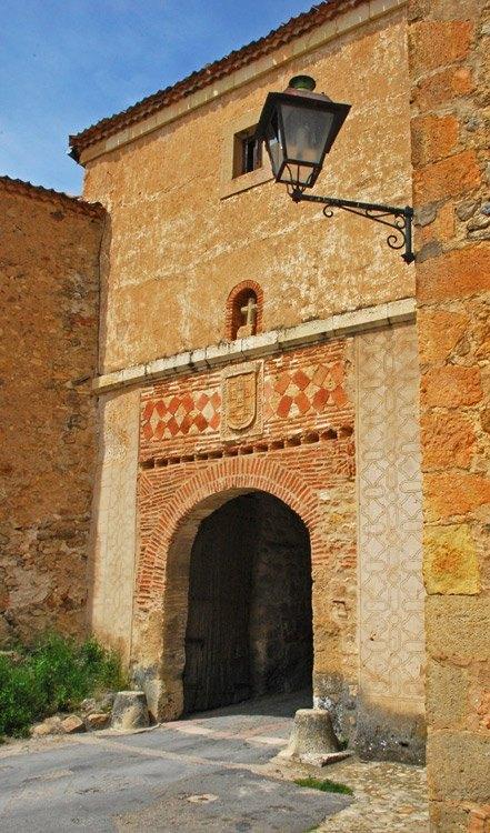 Pedraza puerta medieval c rcel 2 carlos de viaje - Viajes puerta palma 2017 ...